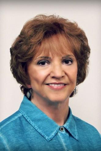 Larena Mazurek